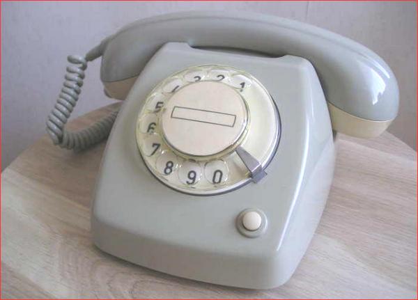 Jaren 80 telefoon met draaischijf